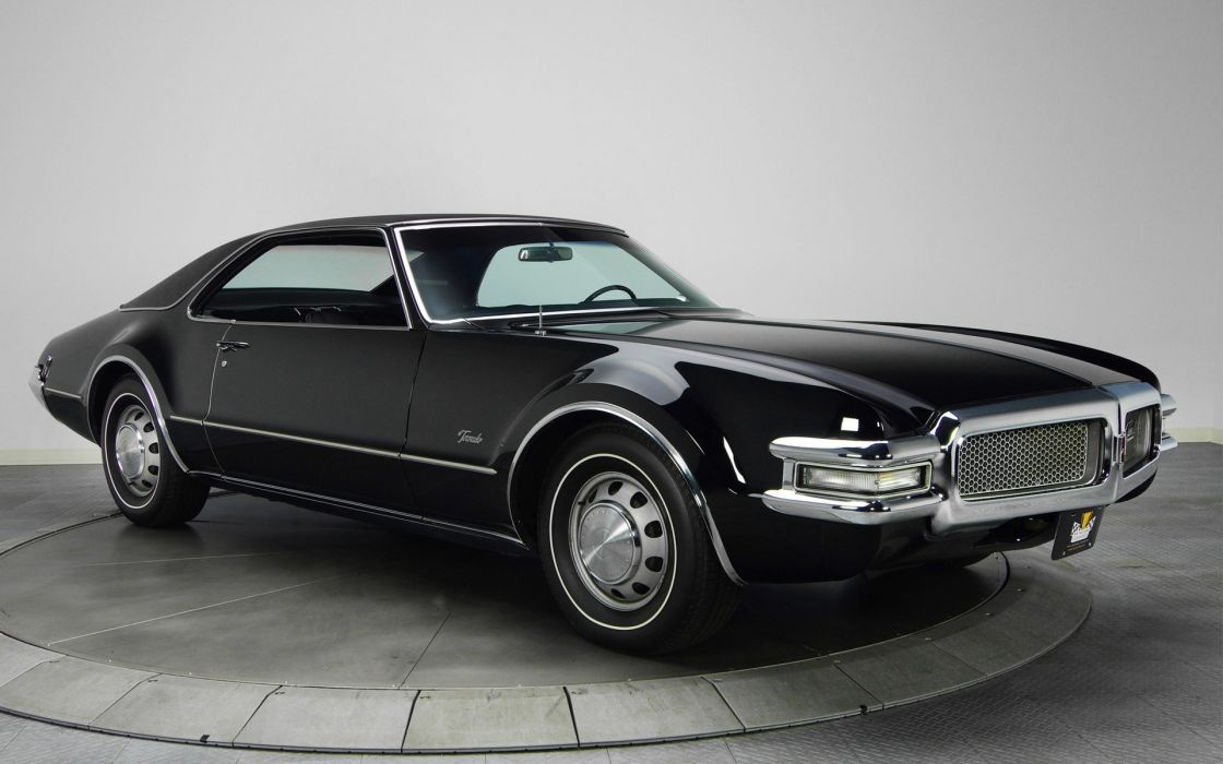 Classic Muscle Cars Black Design